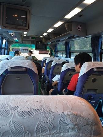 バス内1.JPG
